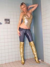 Jasmine Galerie 15