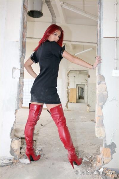 Manuela Galerie 10