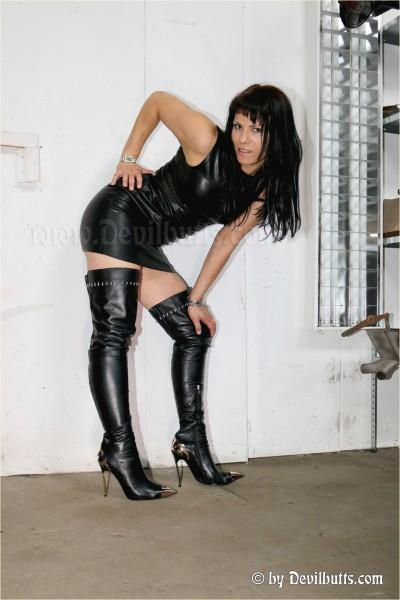 Manuela Galerie 45