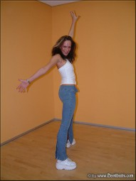 Laura Galerie 7