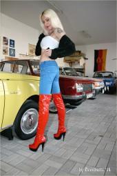 Larissa Galerie 10